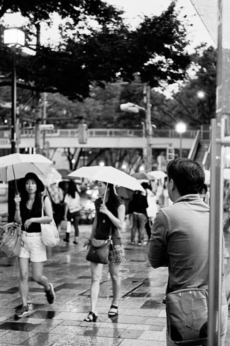 LEICA M4-P + LEICA ELMAR 50mm f2.8 + Kodak TRI-X 400(+2push E.I 1600) Omotesando , Tokyo – 2014/06/29